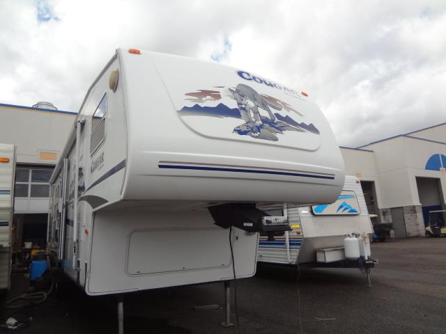 Used 2005 Keystone Cougar 301RKS Fifth Wheel For Sale