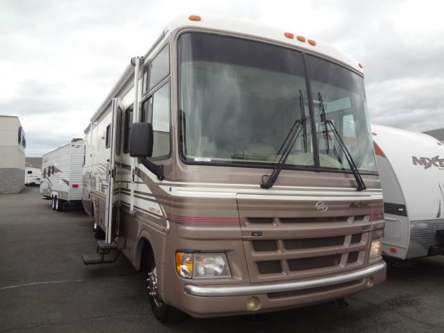 Used 2000 Fleetwood Fleetwood PACE ARROW 33V Class A - Gas For Sale