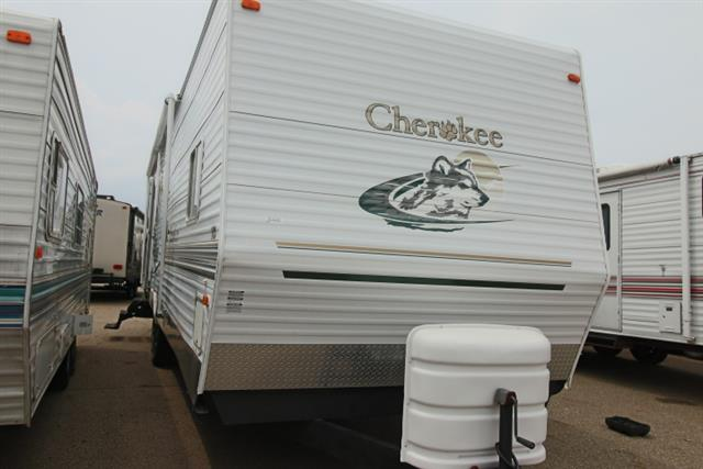 Used 2003 Cherokee Cherokee 33L Travel Trailer For Sale