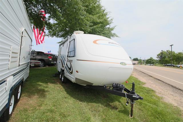 Used 2011 AERNON AEREON 21 Travel Trailer For Sale
