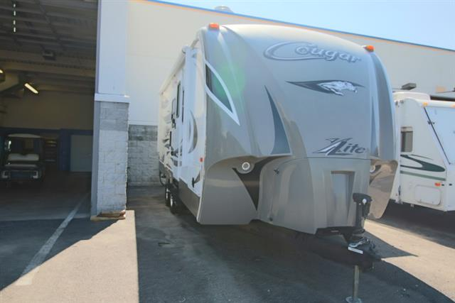 Used 2014 Keystone Cougar 19RBE Travel Trailer For Sale