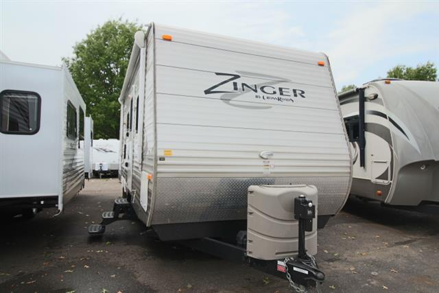 Used 2014 Crossroads Zinger 25RB Travel Trailer For Sale