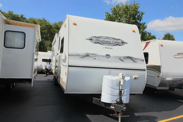 Used 2007 MOUNTAINEER Mountaineer 31 2XSS Travel Trailer For Sale
