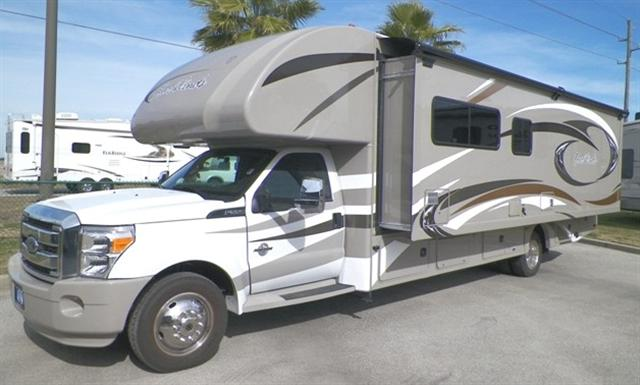 Buy a New THOR MOTOR COACH Four Winds in Katy, TX.