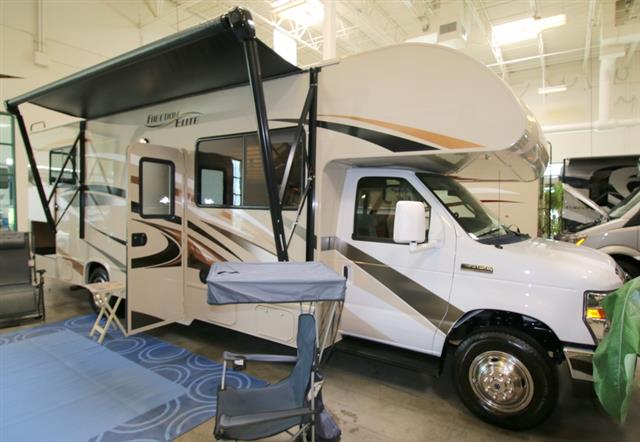 New 2016 THOR MOTOR COACH Freedom Elite 28H Class C For Sale