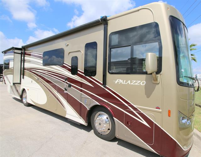 New 2016 THOR MOTOR COACH PALAZZO 33.2 Class A - Diesel For Sale