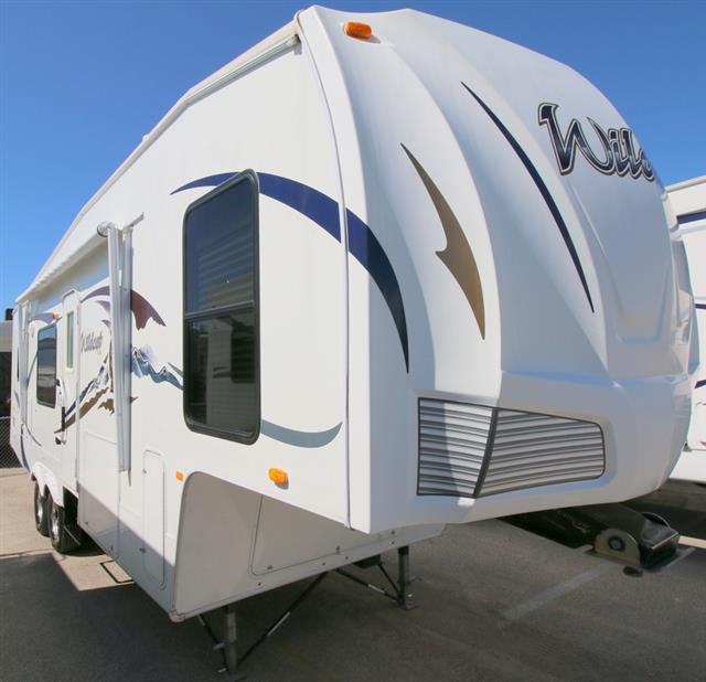 Used 2009 Forest River Wildcat 29RK Fifth Wheel For Sale
