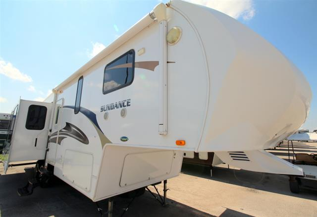 Used 2010 Heartland Sundance 3200 RE Fifth Wheel For Sale