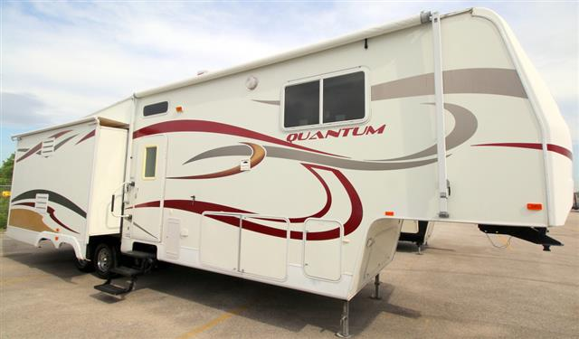 Used 2007 Terry Quantum 325RKTS Fifth Wheel For Sale