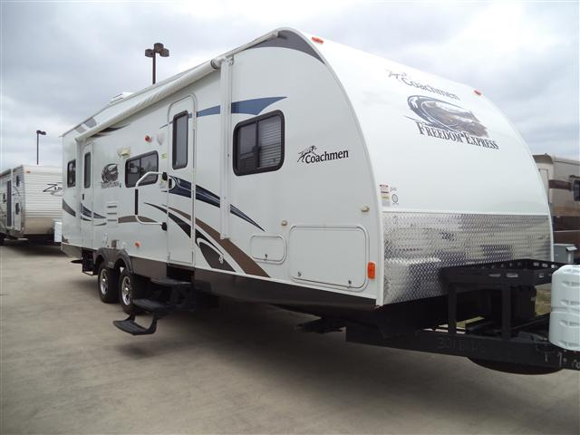 Buy a Used Coachmen Freedom Express in New Braunfels, TX.