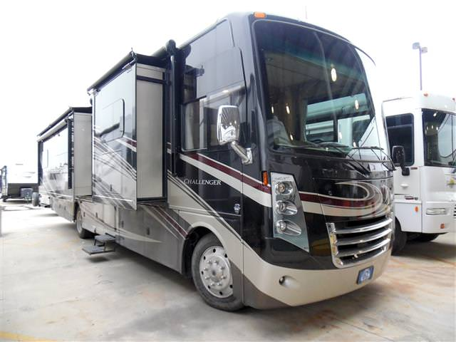 Used 2014 THOR MOTOR COACH Challenger 37KT Class A - Gas For Sale