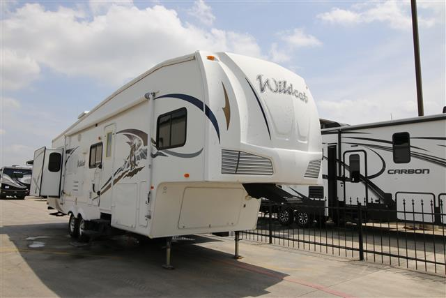 Used 2008 Forest River Wildcat 32BH Fifth Wheel For Sale