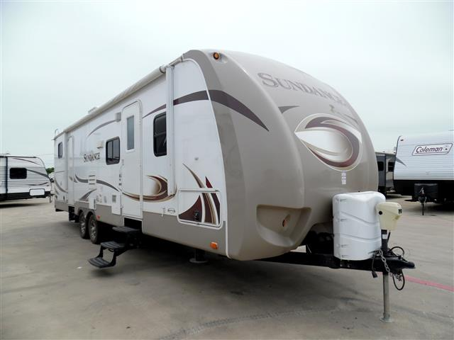 Used 2013 Heartland Sundance 31BH Fifth Wheel For Sale
