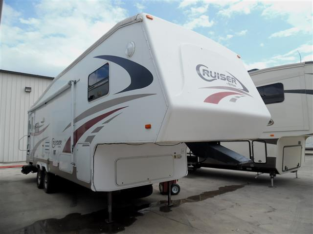 Used 2008 Crossroads Cruiser 28RL Fifth Wheel For Sale
