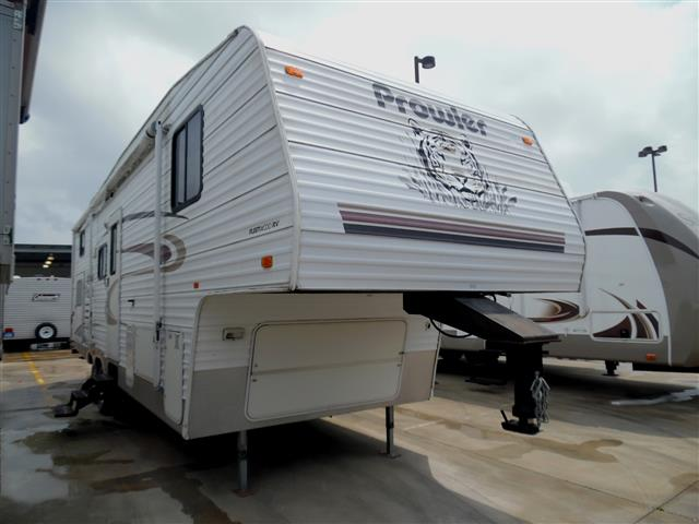 Used 2004 Fleetwood Prowler M-295 BHS Fifth Wheel For Sale