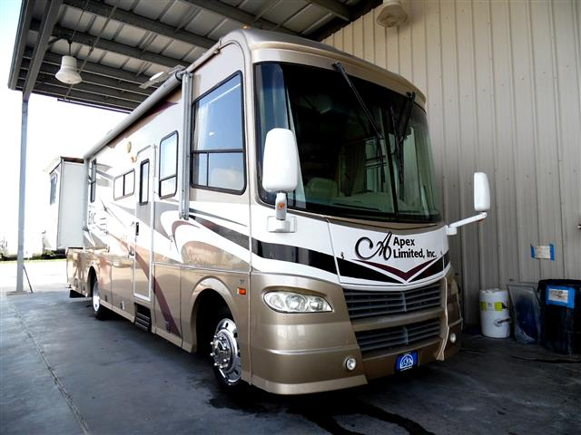 Used 2006 Coachmen EPIC PREMIER M-3180 DS FORD Class A - Gas For Sale