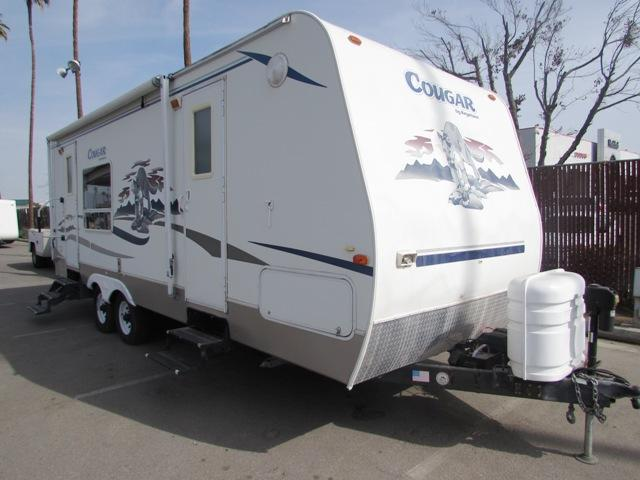 Buy a Used Keystone Cougar in Bakersfield, CA.
