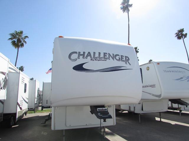 Used 2006 Keystone Challenger 34RBH Fifth Wheel For Sale