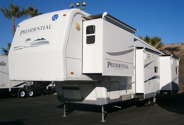 2005 Holiday Rambler Presidential