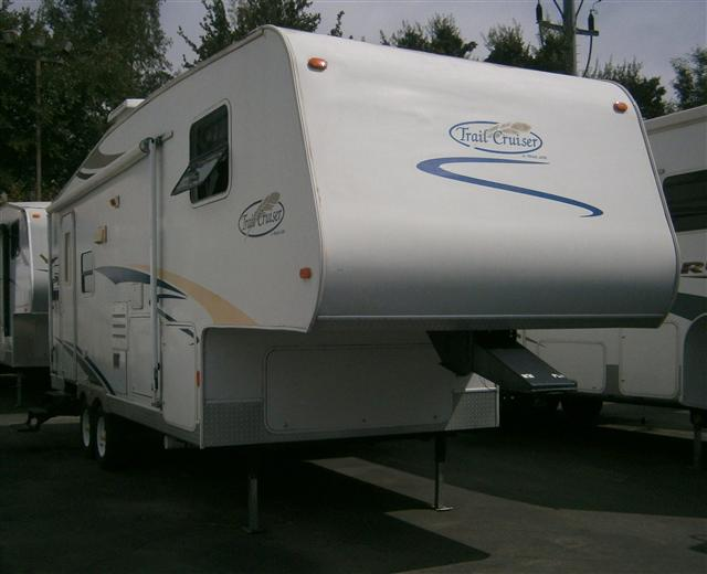Used 2007 R-Vision Trail Cruiser TC5245DS Fifth Wheel For Sale