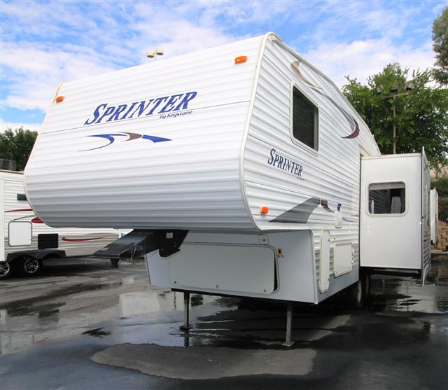 Used 2004 Keystone Sprinter 243RL Fifth Wheel For Sale