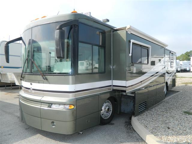 2002 Class A - Diesel Winnebago Ultimate Freedom