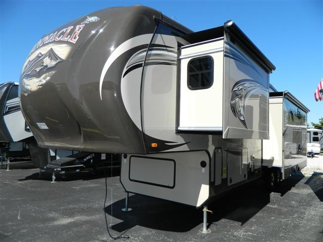 2014 Fifth Wheel Jayco Pinnacle