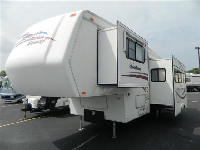 2001 Coachmen Royale