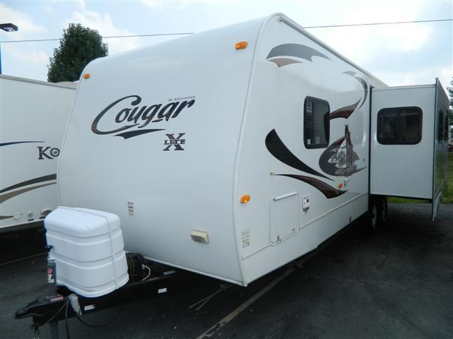 Buy a Used Keystone Cougar in Greenwood, IN.