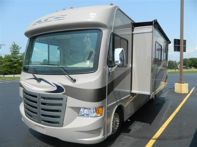 Used 2013 THOR MOTOR COACH ACE 30.1 Class A - Gas For Sale