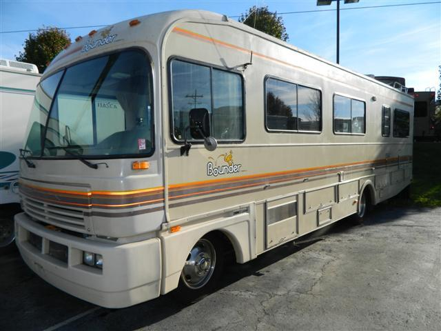Buy a Used Fleetwood Bounder in Greenwood, IN.