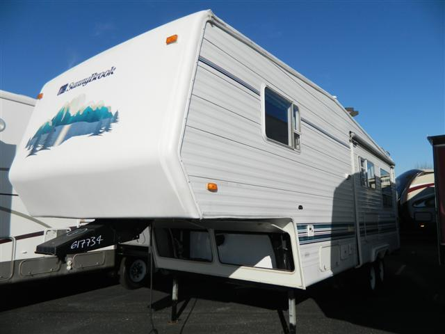 Used 1997 Sunnybrook Sunnybrook 27RKS Fifth Wheel For Sale