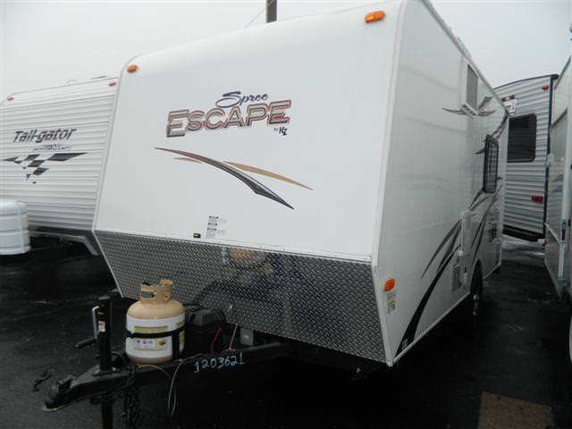 Used 2014 Sportman RV ESCAPE 17FKTH Travel Trailer Toyhauler For Sale