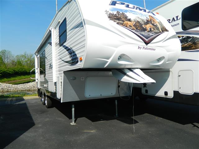 Used 2012 Palomino Puma 24RKS Fifth Wheel For Sale