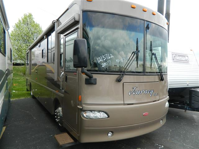 2007 Winnebago Journey
