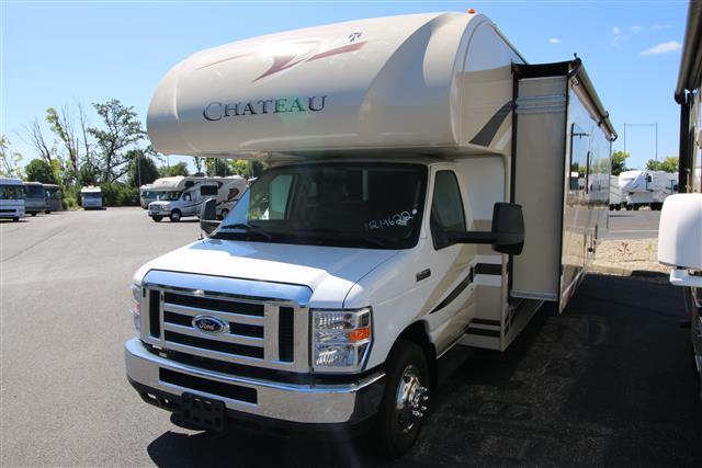 2016 Class C Thor Motor Coach Chateau