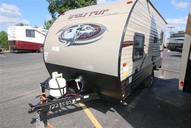 New 2016 Forest River WOLF PUP 17RP Travel Trailer Toyhauler For Sale