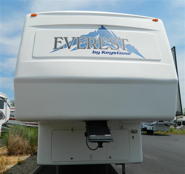 Used 2002 Keystone Everest 292RK Fifth Wheel For Sale