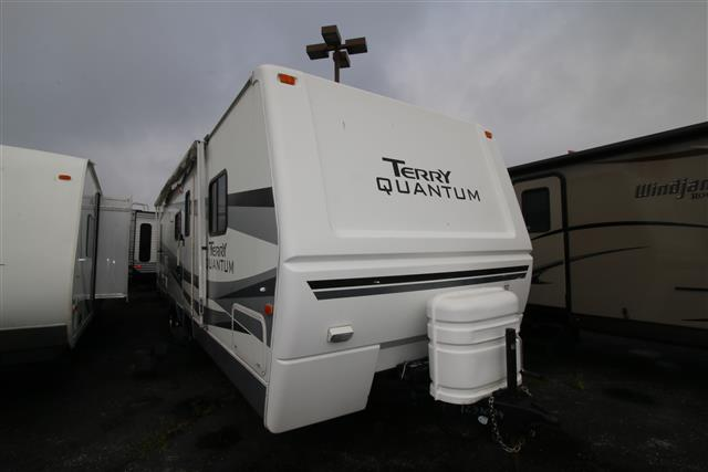 Used 2006 Fleetwood Terry QUANTUM 30BH Travel Trailer For Sale