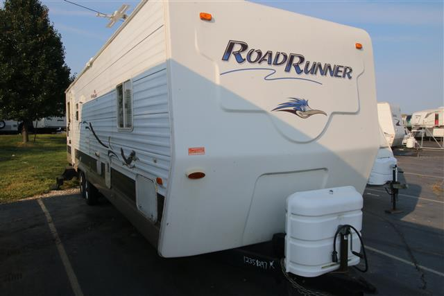 Used 2006 Sun Valley Road Runner 33RSS Travel Trailer For Sale