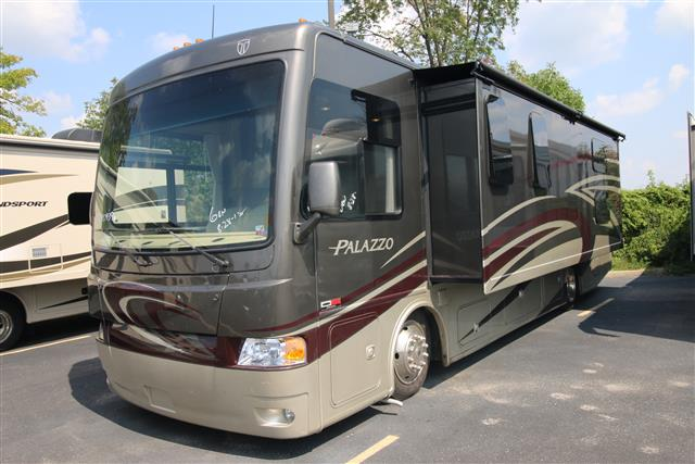 Used 2015 Thor PALAZZO 33.3 Class A - Diesel For Sale
