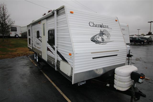 Used 2006 Forest River Cherokee 28A Travel Trailer For Sale