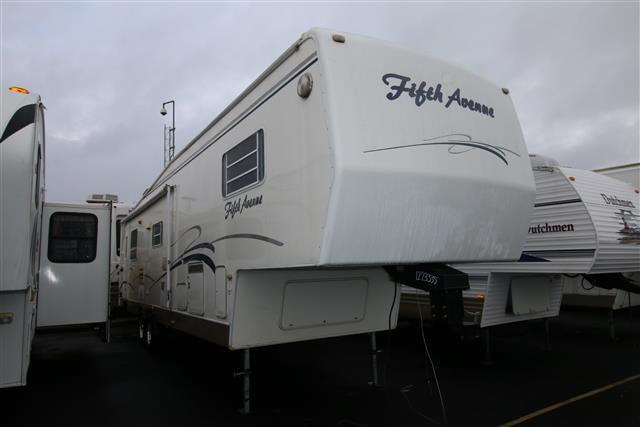 Used 1999 Thor Fifth Avenue 34RK Fifth Wheel For Sale