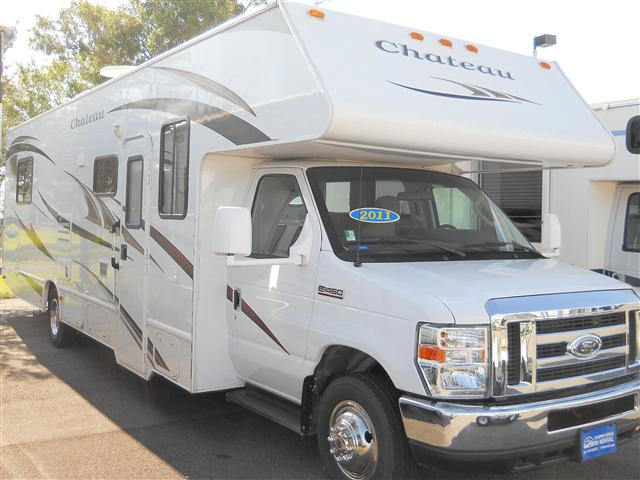 Used 2011 Fourwinds Chateau