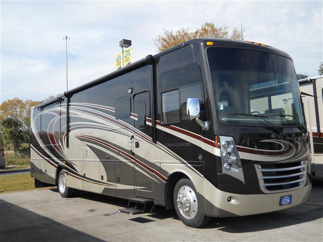 Buy a New THOR MOTOR COACH Challenger in Fort Myers, FL.