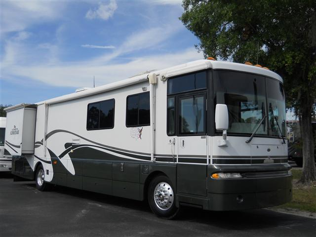 2002 Winnebago Ultimate