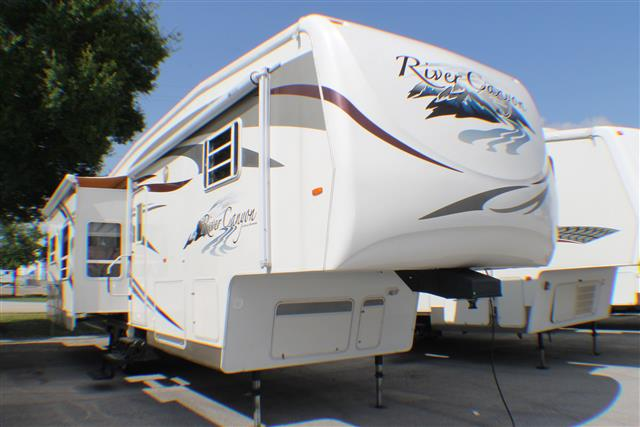 Used 2008 Travel Supreme Travel Supreme 34KSTSO Fifth Wheel For Sale