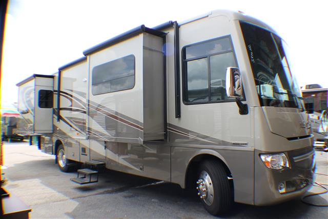 2016 Winnebago Adventurer