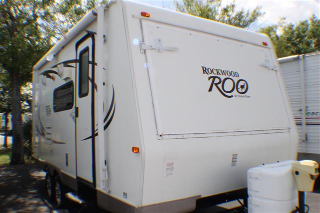 Used 2010 Forest River Rockwood 21SS Travel Trailer For Sale