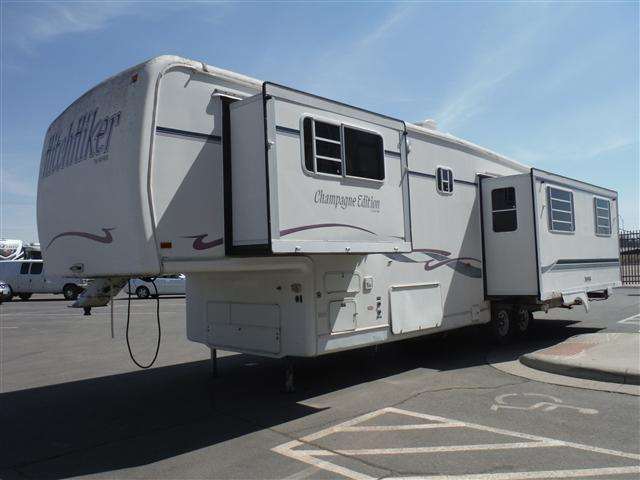 Used 1996 Nu Wa Hitchhiker Fifth Wheel Trailer For Sale In